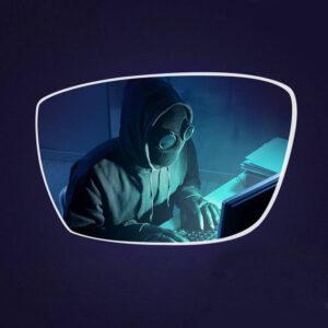 kék fény szűrő szemüvegben a képernyő előtt